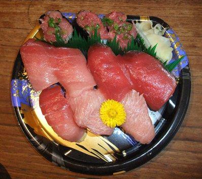 スーパー フレッセイのお寿司
