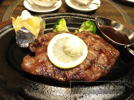 肉の万世 佐野インター店 ★★★