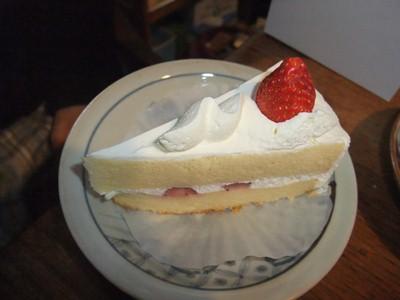 ヤオコーのショートケーキ