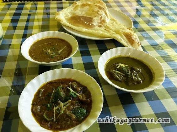 足利駅前インド料理ジャムナの3種カレーのディナーセット